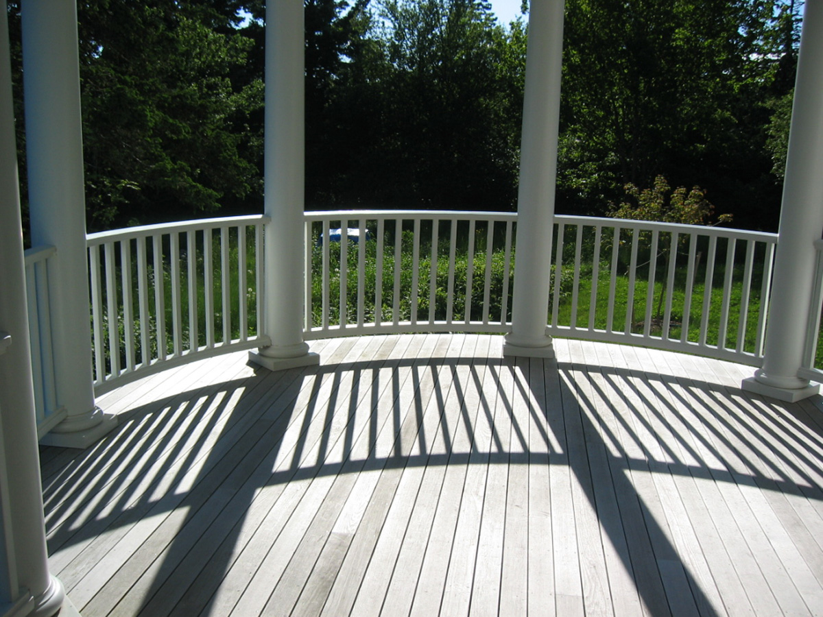 Windsong round porch and afternoon shadows